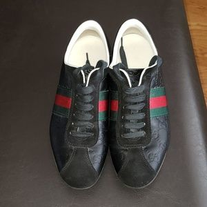 Vintage Women's Gucci Sneakers